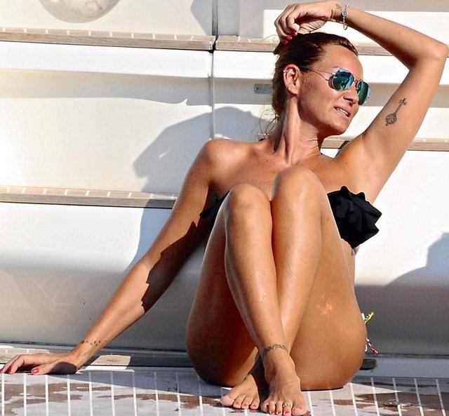 Teknede Pınar şov! galerisi resim 1