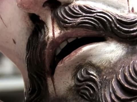 HZ. İSA'NIN HEYKELİNDE ŞOK EDEN AYRINTI! galerisi resim 1