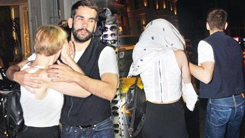 Ünlü oyuncu, İstanbul'da öyle bir halde yakalandı ki... galerisi resim 1