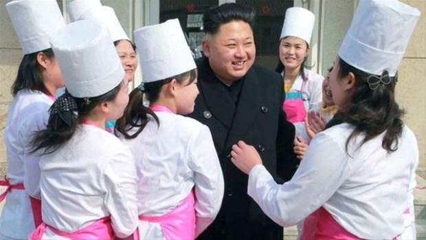 Kim'in Çarpık Dünyası! galerisi resim 1