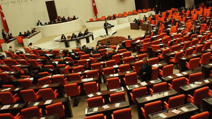 AK PARTİ'DEN 'GEZİ PARKI' ÖNERGESİ