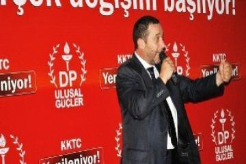 """DENKTAŞ: """"BİZ GELECEĞİZ, KKTC YENİLENİYOR"""""""