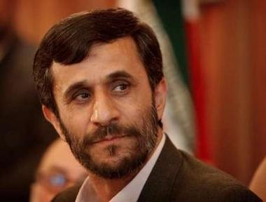 """AHMEDİNEJAD: """"İRAN'IN ATOM BOMBASINA İHTİYACI YOK"""""""