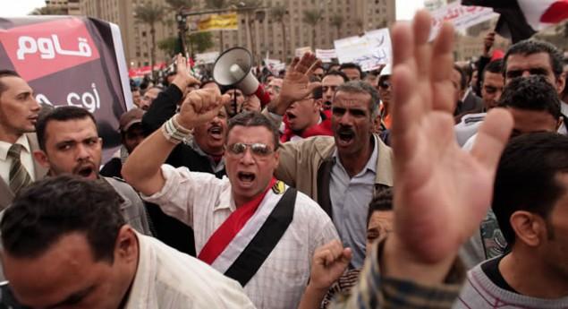 MISIR'DA REFERANDUMA DOĞRU