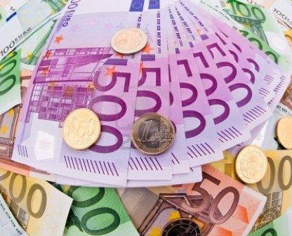 OTEL MÜŞTERİSİNİN 20 BİN EURO'SUNU ÇALDILAR