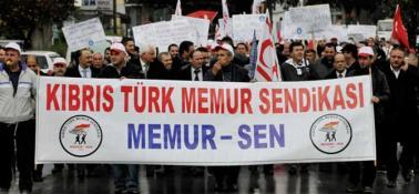 """""""KANUNSUZ TOPLULUK, POLİSİ DARP VE GÖREVİNDEN MEN ETMEK"""""""