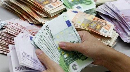 KREDİLER 19 MİLYAR EURO'YA ULAŞTI