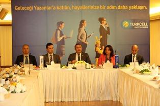 """TURKCELL'İN """"GELECEĞİ YAZANLAR"""" PROJESİ KKTC'DE"""