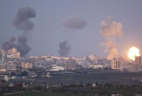 ISRAİL'DEN SURİYE'YE HAVA SALDIRILARI