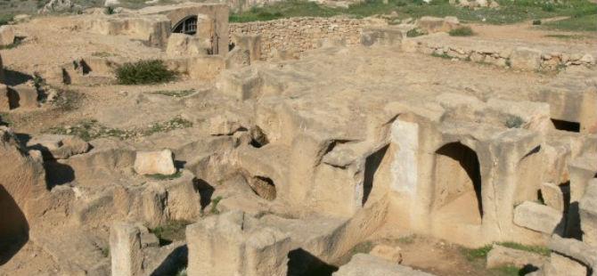 KIBRIS'TA  KLASİK DÖNEME AİT BÜYÜK BİR SUR KEŞFEDİLDİ