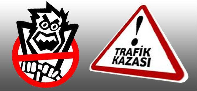 İLKOKUL ÖNÜNDE TRAFİK KAZASI! 8 YAŞINDAKİ...