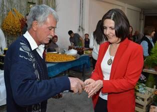MECLİS BAŞKANI SİBER, LEFKE HURMA FESTİVALİ'NDEYDİ