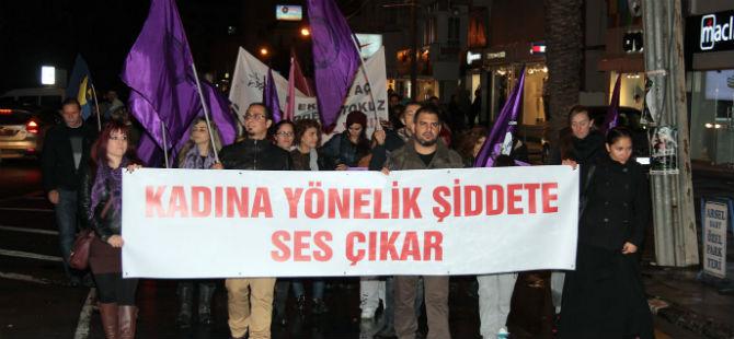 """""""DERİNDEN ACITIYOR"""""""