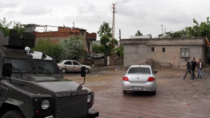 DİYARBAKIR'DA PATLAMA:2 ÇOCUK AĞIR YARALI