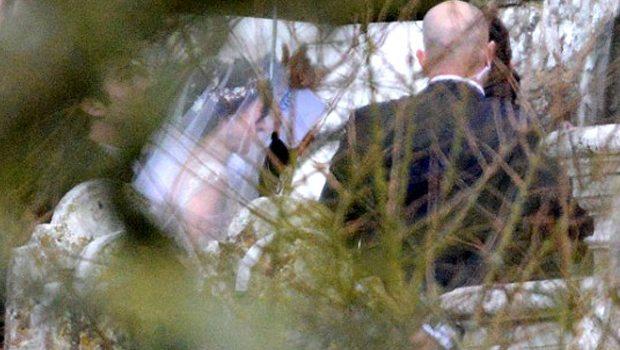 Sevgililer Günü'nde gizlice evlendi