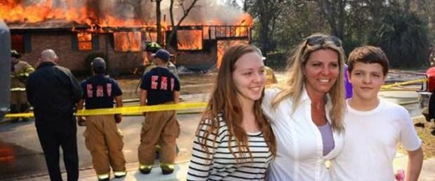 Acılı anne kızının katilinin evini yaktı