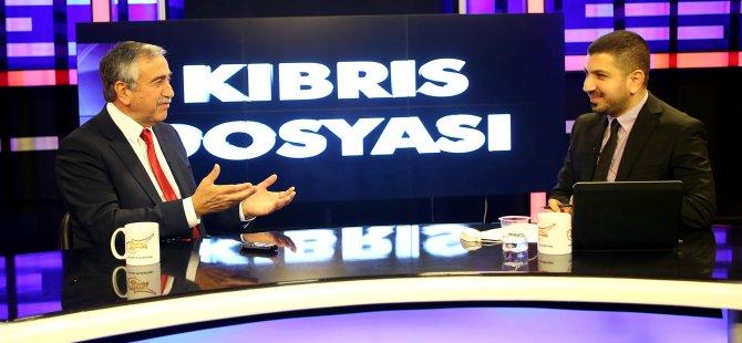 İLK ZİYARETİNİ KIBRIS TÜRK FUTBOL FEDERASYONU'NA YAPMALIYDI...