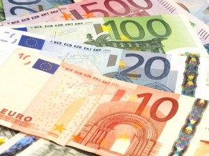 GÜNEY KIBRIS'IN GSMH'Sİ 17,5 MİLYAR EURO