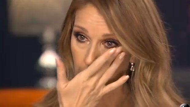 Ünlü şarkıcı gözyaşlarına boğuldu