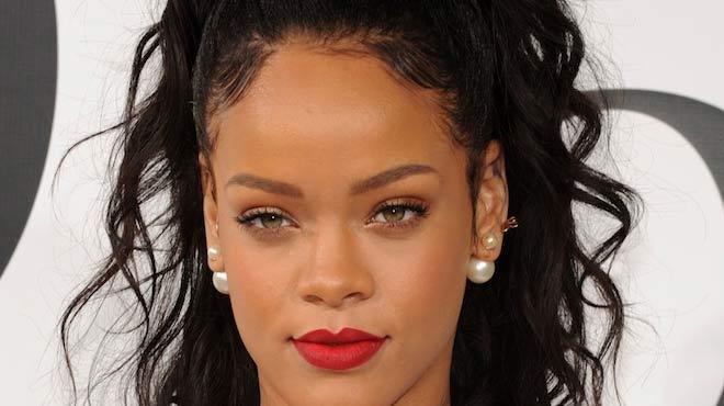 Rihanna sosyal medyada olay yarattı