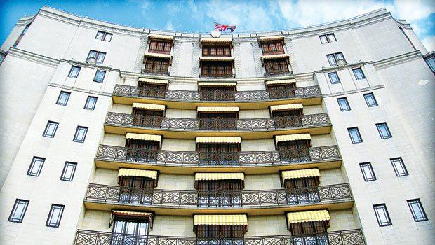 Ünlüler otelinde esrarengiz ölüm