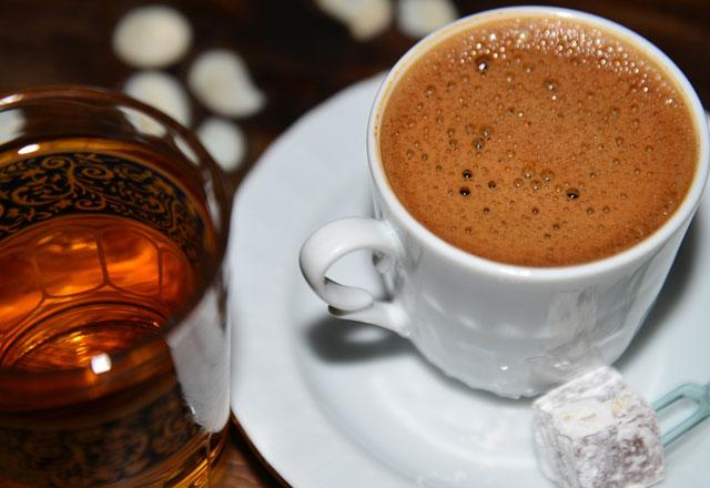 Kahveyi bu saatlerde içmeyin!