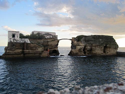 Akdeniz'de Lanetli Ada