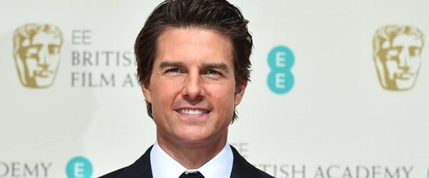 Tom Cruise 22 yaşındaki asistanıyla evleniyor