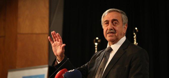 AKINCI'YA TOPLANTI ELEŞTİRİSİ