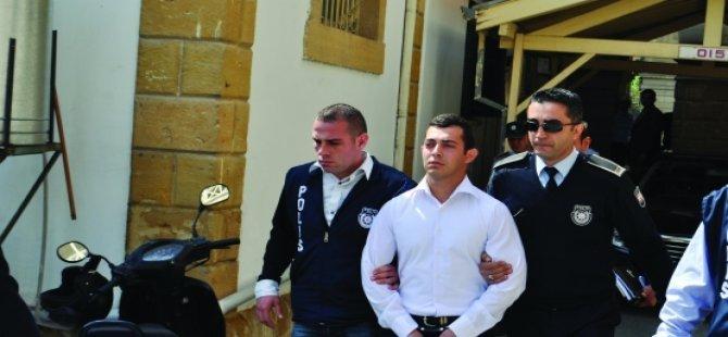 3 KİŞİNİN ÖLÜMÜYLE SONUÇLANAN TRAFİK KAZASI