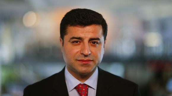 """DEMİRTAŞ'TAN OBAMA'YA TWEET: """"HİÇ DE SÖYLEMİYORSUN ZALIM"""""""