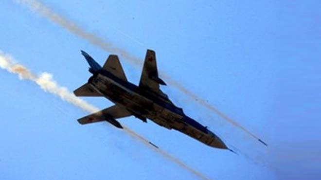 Rus Jetleri İdlib'de Bir Okulu Bombaladı