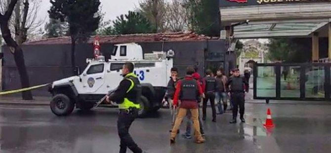 İSTANBUL'DA ÇEVİK KUVVET ŞUBE MÜDÜRLÜĞÜ'NE SALDIRI