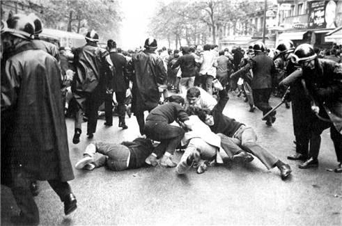 Siyasi ve kültürel bir karnaval: 'Paris Mayıs 1968'