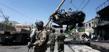 PAKİSTAN'DA NATO KONVOYUNA SALIRI: 5 ÖLÜ