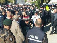"""""""POLİS GENEL MÜDÜRÜ YARDIMCISI'NIN EMRİ İLE EYLEMCİLERİ EZDİLER"""""""