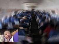 Uçakta doğan bebeğe öyle bir isim verdiler ki...