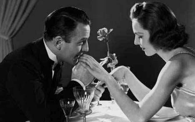date-dinner-couple-420.jpg