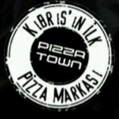 pizza-town-3.jpg