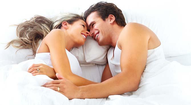 seks-kadin-erkek-yatak-711.jpg