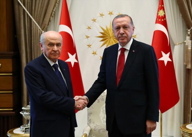 son-dakika-erdogan-bahceli-zirvesi-basladi-10993227_5076_m.jpg