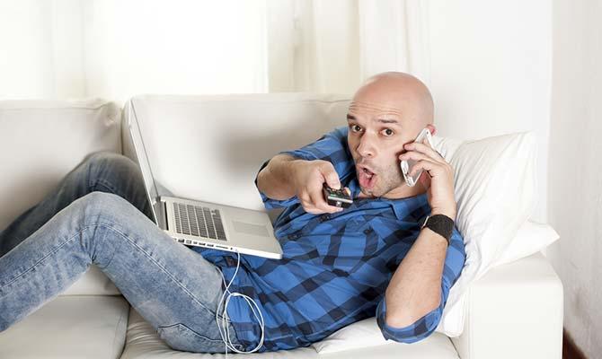 telefon-erkek-internet-bilgisayar-400.jpg
