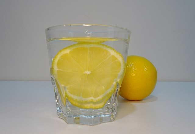 tuz-karabiber-ve-limonun-iyi-geldigi-hastaliklar-10959992.jpeg